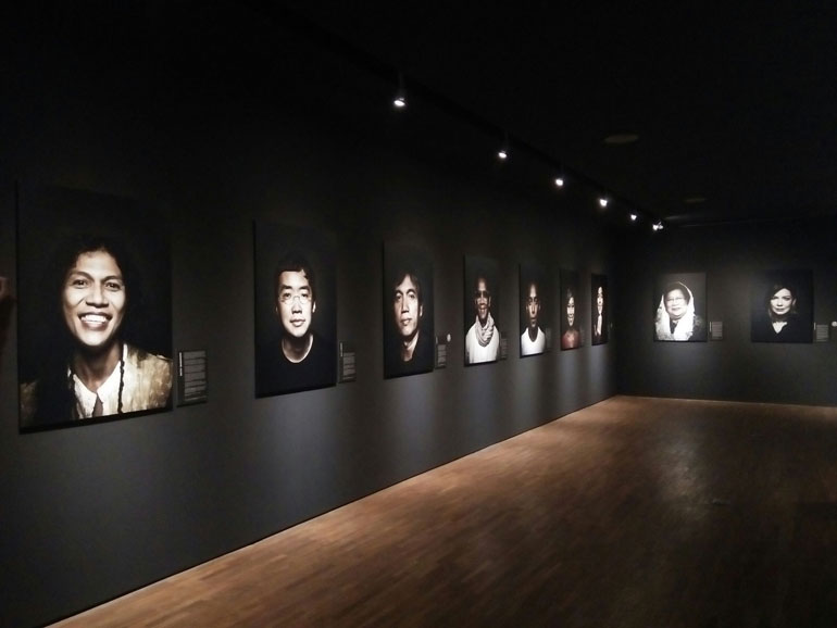 Manusia Kuat Photo Exhibition by Tulus & Adhitya Himawan