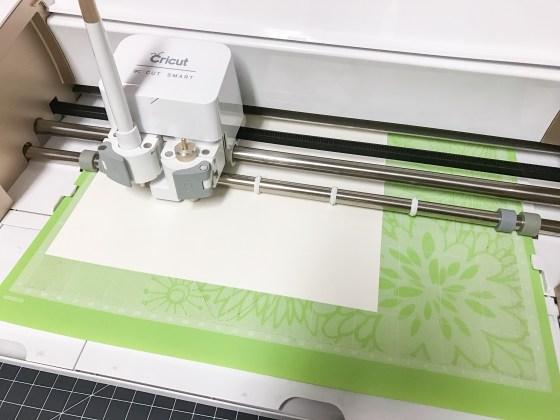 Notecard cutting