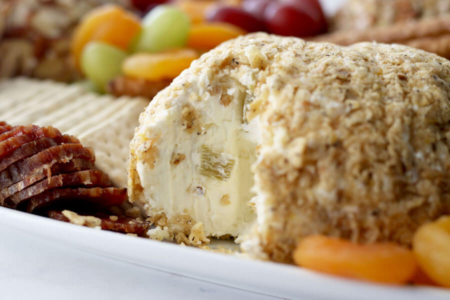 Pepper jack Cheeseball Appetizer