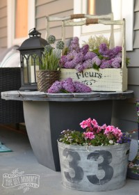 Country Farmhouse Porch Decor Ideas (with a Boho Twist