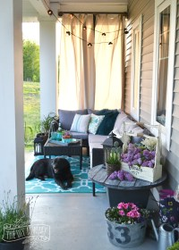 Our Colorful Fall Front Porch | The DIY Mommy