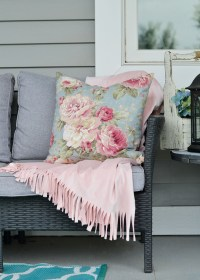 Sew Throw Blanket - Easy Craft Ideas