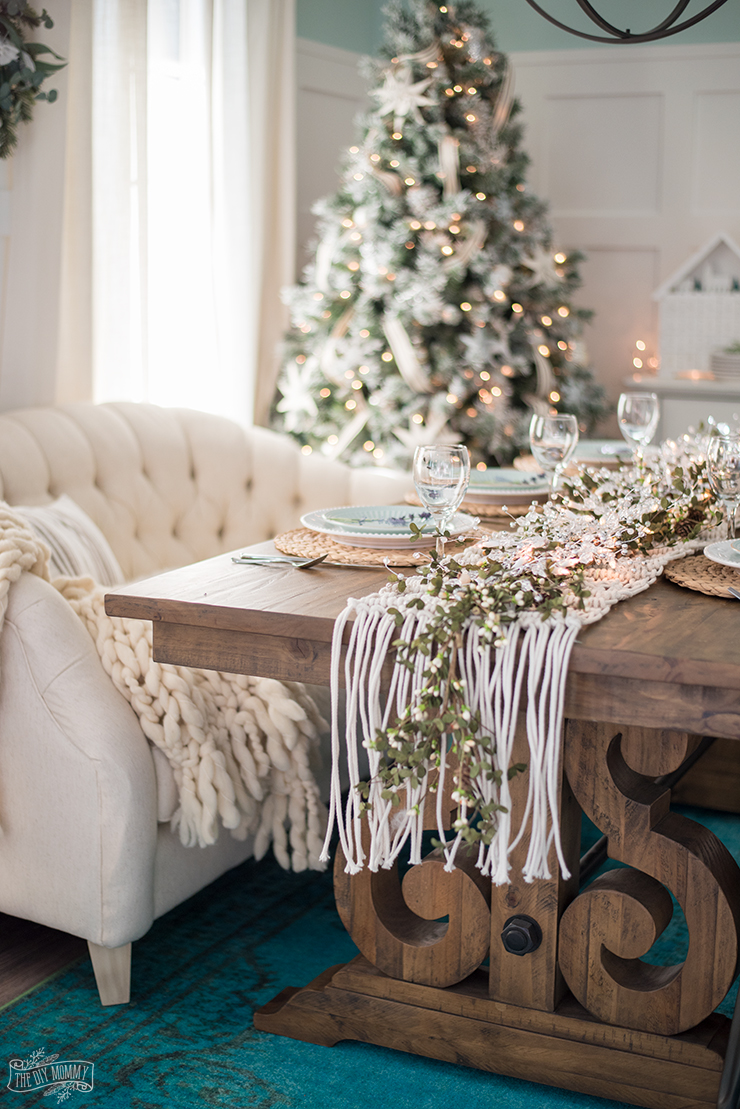 French Country Farmhouse Christmas Dining Room  Table Setting  The DIY Mommy