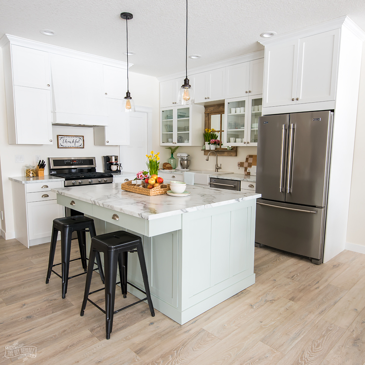 Moms Lake House Kitchen Reveal  The DIY Mommy