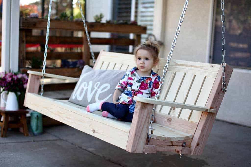 how to build a diy outdoor swing bench
