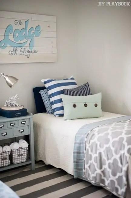 bridget-guest-room-before