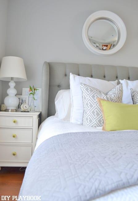 NIghstand-in-bedroom