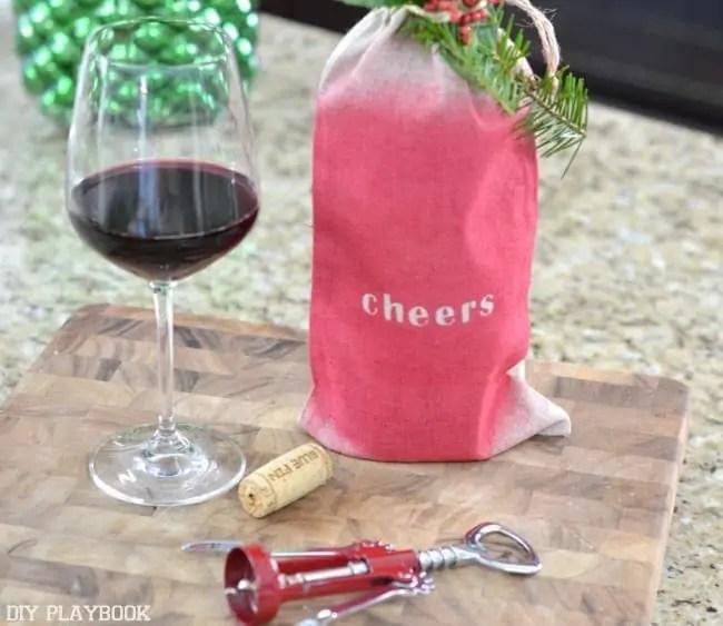 Wine-Bag-DIY-Cheers