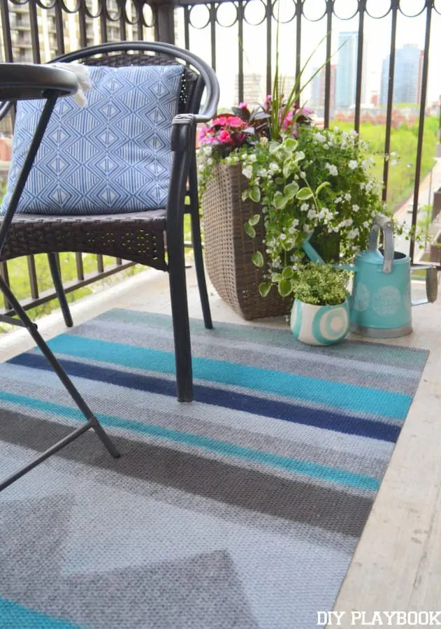 Kilim-Outdoor-Painted-Rug-Balcony