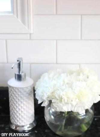2-carnations-flowers-soap