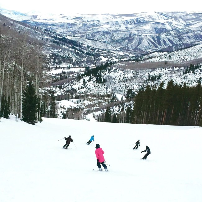 skiing-colorado-family