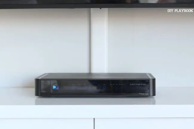 television-tv-box-electronic-cords-built-ins