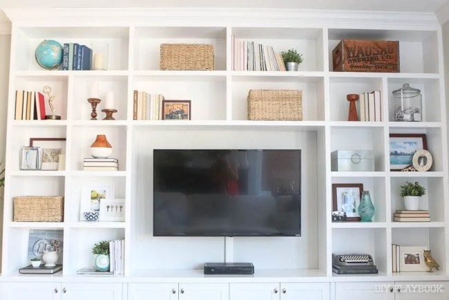 family-room-built-in-entertainment-center