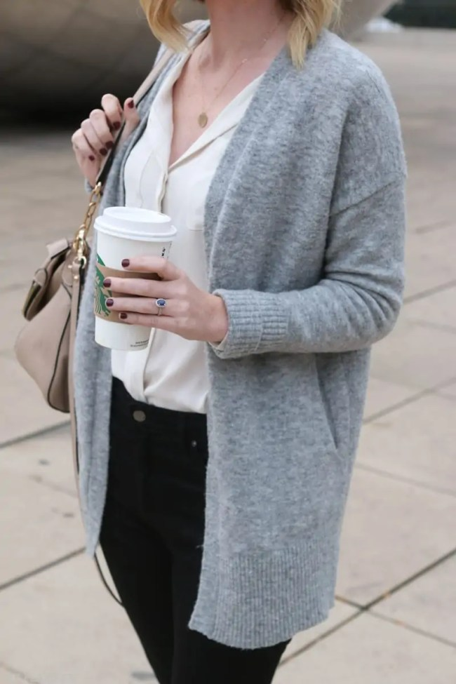 chicago_bridget_fashion_fall-coffee-sweater