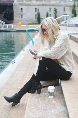 chicago_bridget_fashion_fall-river-walk-sweater-booties