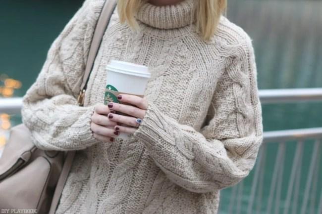 chicago_bridget_fashion_fall-sweater-coffee-fall