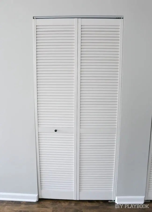 bifold-louvered-doors-laundry