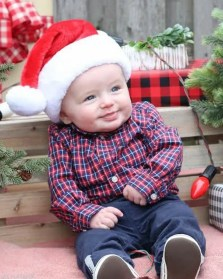 christmas-baby-pic-ideas-owen