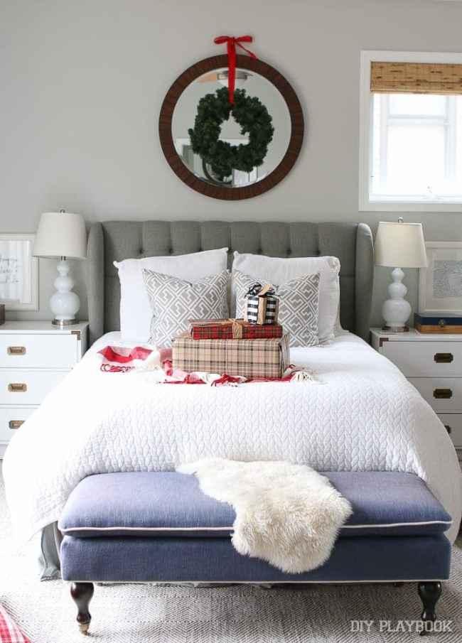 bedroom-christmas-decor-holiday