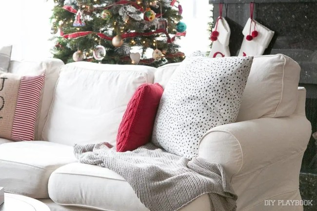 couch-christmas