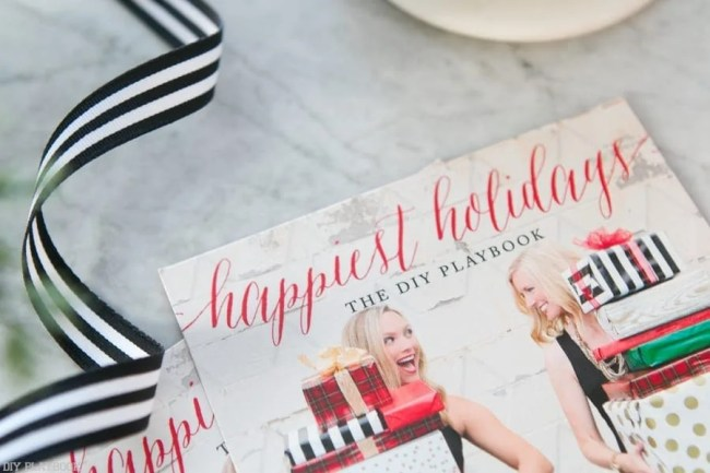 diy-playbook-happiest-holidays-card