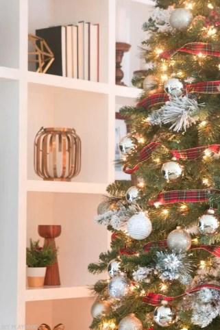 michaels-christmas-tree-2016-bookshelf