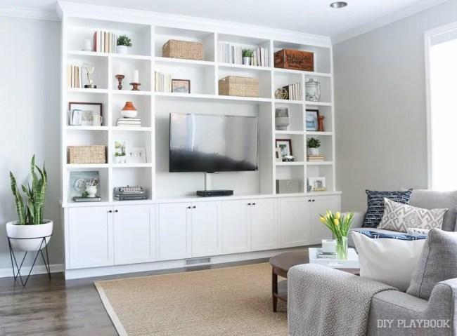 built-ins-family-room