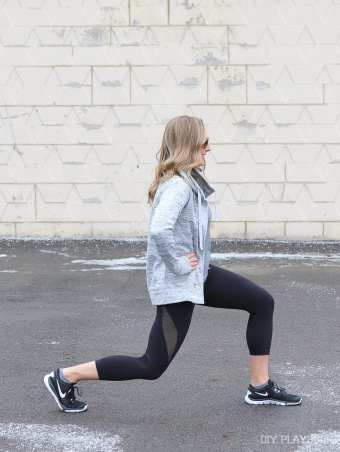 casey-lunging-fitness-workout