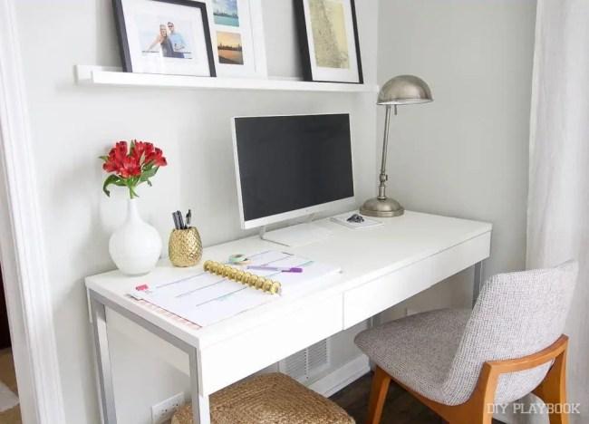 office-desk-bedroom-computer-planner