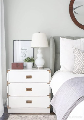 bedroom-nightstand