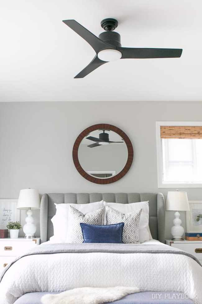 ceiling-fan-black-bedroom