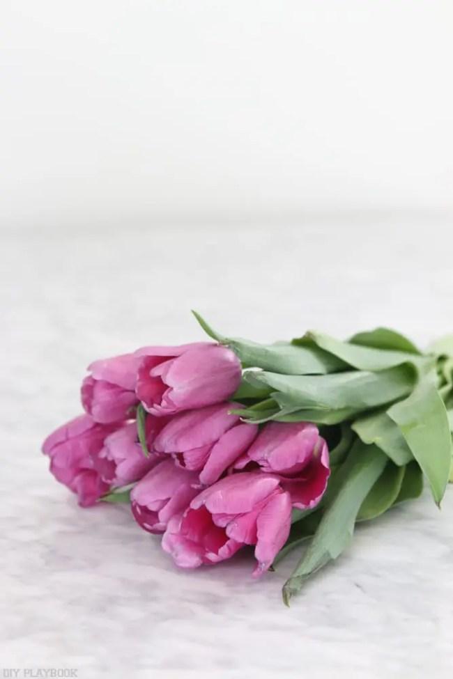 how to arrange cut tulips