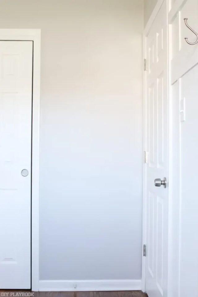 behind-the-door-mirror-bedroom-2