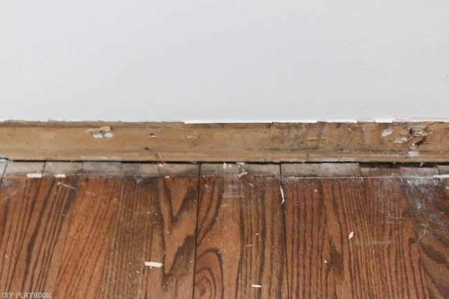How_to_install_Shiplap_Baseboard_Progress-14