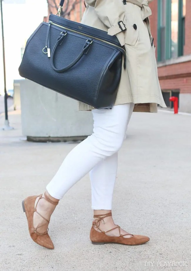 white-jeans-flats