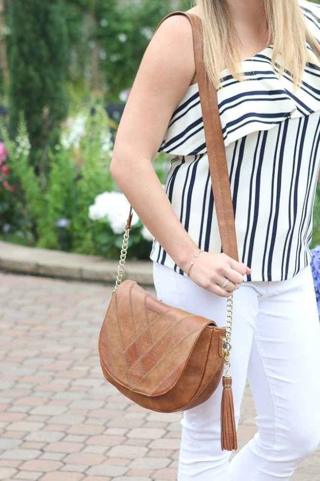 casey-purse-white-jeans