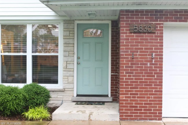 door_front_yard_before