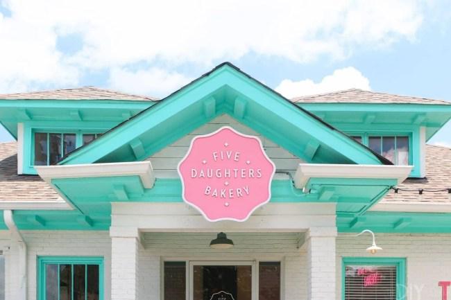 Travel_Nashville-five-daughters-bakery