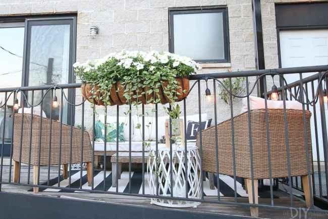 balcony-patio-flowers
