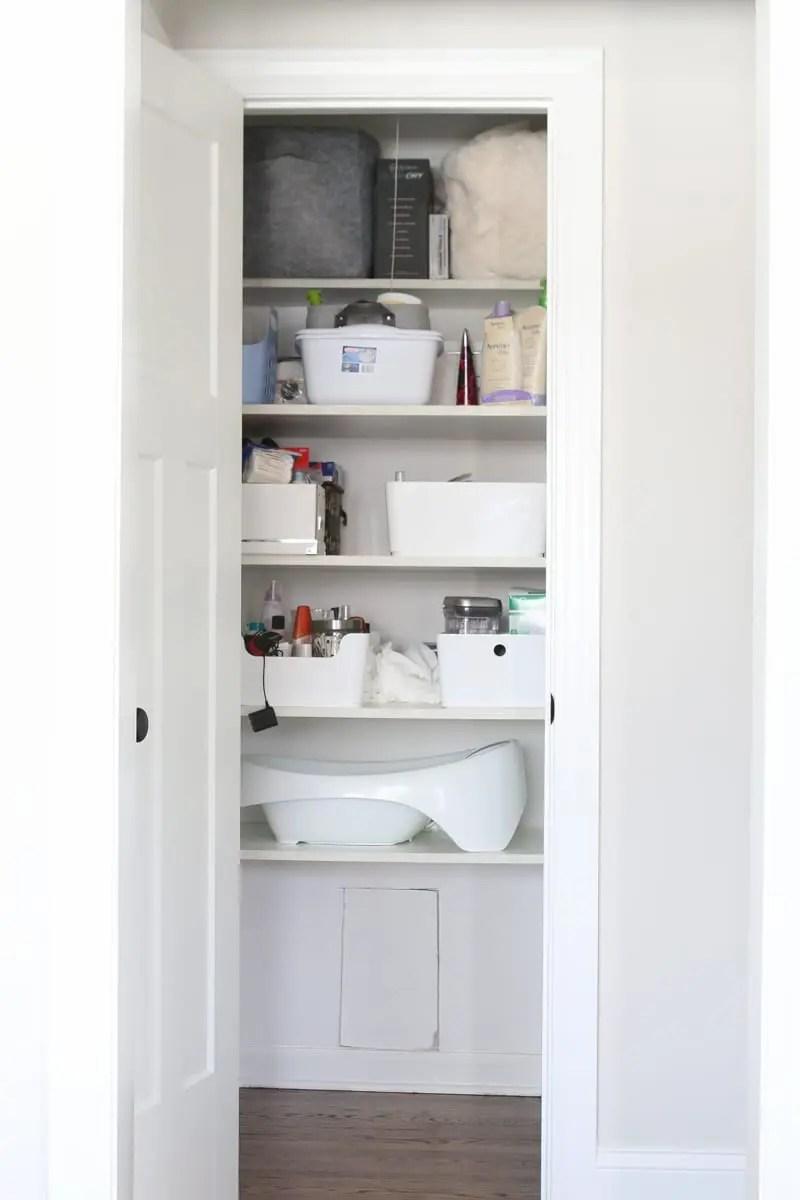 Organizing A Linen Closet With 3 Bins The Diy Playbook