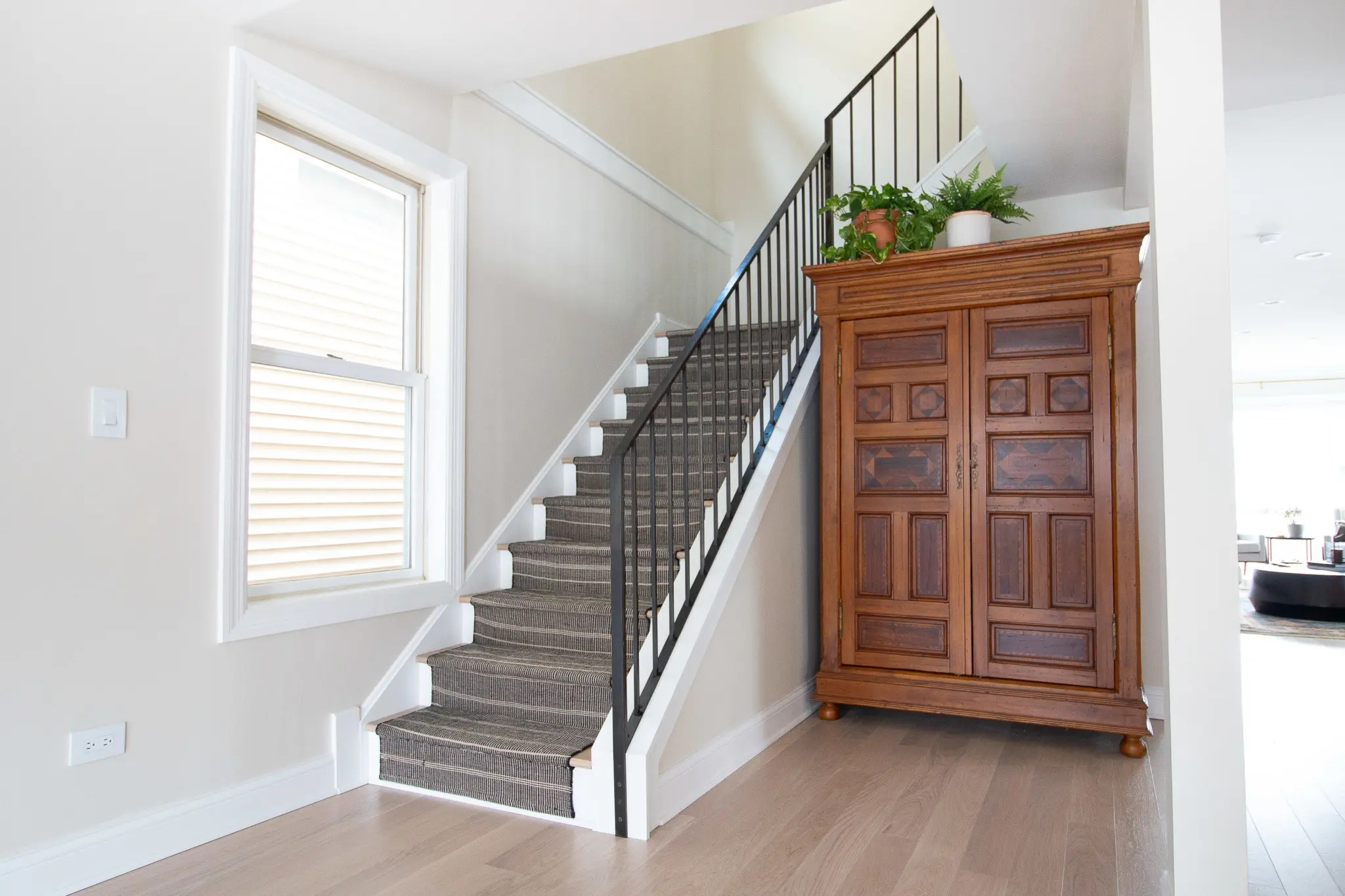 How To Install A Stair Runner On Hardwoods The Diy Playbook | End Of The Roll Stair Runners | Roger Oates | Staircase Makeover | Wall Carpet | Hallway Carpet | Stair Treads