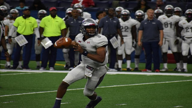 Howard Football's Newton Wins 2018 MEAC Offensive Player of the Year