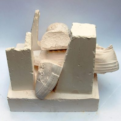 THE BREAKDOWN - GAME ON : Plaster, Wood. 32 x 26 x 26 cm. 2019. 1/1
