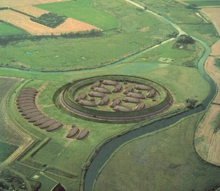 Reconstructed elevated view of Trelleborg near Slagelse, situated on the island of Zeland. Image source: www.medieval.mrugala.net