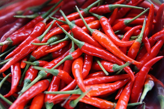 A Hot Topic: Are Spicy Foods Healthy or Dangerous?