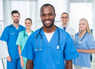 Group of doctors & nurses 1000 x 667