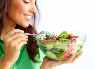 Healthy eating woman eating salad