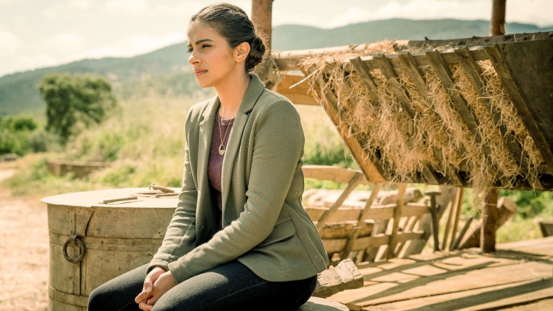 "Mandip Gill: Yaz's Mental Health ""Will Affect Her Choices"" in Doctor Who Series 13"