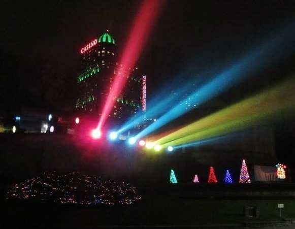 Spotlights, Niagara Falls Festival of Lights. 2015 Retrospective, The Doglady's Den
