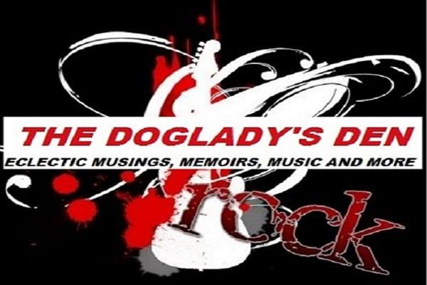 Doglady's Den Logo
